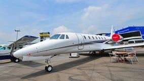 Cessna, jet soberano del negocio de Citationo en la exhibición en Singapur Airshow Imagen de archivo