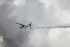 Cessna 208 Karawanowy i niebo Obraz Royalty Free