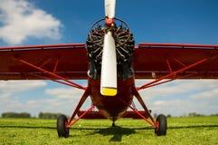 Cessna, un aterrizaje acertado en el aeropuerto Fotografía de archivo