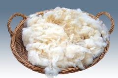 Cesta áspera de las lanas Foto de archivo libre de regalías