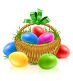 Cesta com ovos de easter Foto de Stock