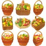 Cesta com peras e maçãs Fotos de Stock Royalty Free