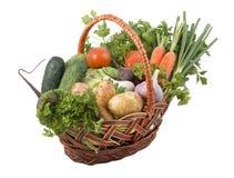 Cesta com vegetais. Foto de Stock