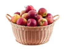 Cesta completamente das maçãs Imagem de Stock