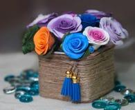 Cesta completamente de flores da queda Fotografia de Stock