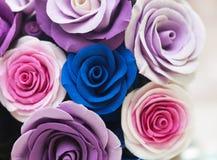 Cesta completamente de flores da queda Imagem de Stock