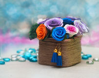 Cesta completamente de flores da queda Fotos de Stock