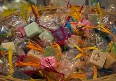 Cesta con el jabón Foto de archivo libre de regalías