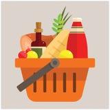 Cesta con las comidas Imagen de archivo libre de regalías