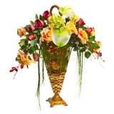 Cesta con las rosas y el Anthurium Foto de archivo libre de regalías