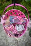 Cesta cor-de-rosa   Fotos de Stock