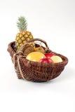 Cesta da fruta tropical Imagens de Stock Royalty Free
