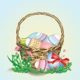 Cesta da Páscoa colorida eggs1 Fotografia de Stock Royalty Free