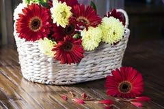Cesta das flores Imagens de Stock
