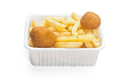 Cesta das fritadas no branco Foto de Stock Royalty Free