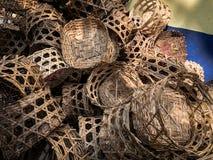 Cesta de bambú para la pila del vapor Fotos de archivo