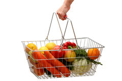 Cesta de compra com frutas e verdura foto de stock royalty free