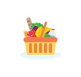 Cesta de compras con la comida fresca y la bebida Imágenes de archivo libres de regalías