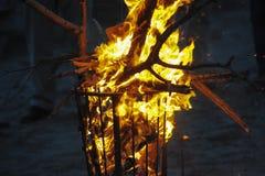 Cesta de fogo Imagens de Stock