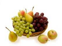 Cesta de fruta Foto de archivo