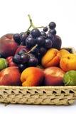 Cesta de fruta aislada Fotografía de archivo libre de regalías
