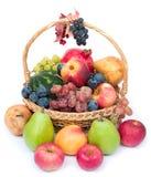 Cesta de frutas Foto de archivo libre de regalías