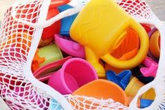 Cesta de juguetes Fotos de archivo libres de regalías