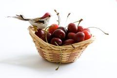 Cesta de la cereza Fotografía de archivo libre de regalías