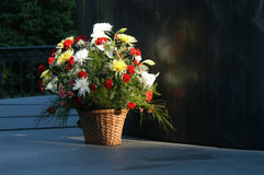 Cesta de la flor Fotos de archivo libres de regalías