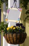 Cesta de la flor Fotos de archivo