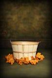 Cesta de la huerta del otoño Imagen de archivo libre de regalías
