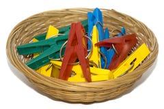 cesta de la Ropa-clavija Fotografía de archivo libre de regalías