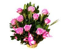 Cesta de las rosas Imagen de archivo libre de regalías