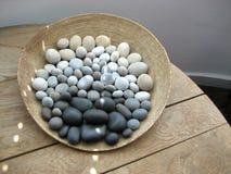 Cesta de piedras Foto de archivo libre de regalías