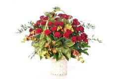 Cesta de rosas Imágenes de archivo libres de regalías