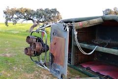 Cesta de um balão de ar quente com seus queimadores Fotografia de Stock Royalty Free