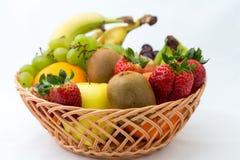 Cesta dos frutos no fundo branco Imagem de Stock Royalty Free