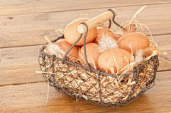 Cesta dos ovos Imagem de Stock