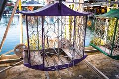 Cesta púrpura de Ferris Wheel Imágenes de archivo libres de regalías