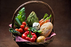 Cesta vegetal Fotografia de Stock Royalty Free