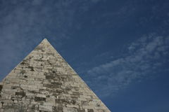 Cestia pyramid, Rome, Italy Royalty Free Stock Photography