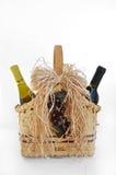Cestino del regalo del vino e del vino Fotografia Stock Libera da Diritti
