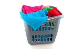 Cestino di lavanderia fotografie stock libere da diritti