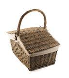 Cesto de la cesta de la comida campestre aislado Foto de archivo