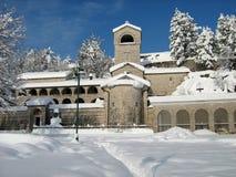 Cetinje met sneeuw Stock Afbeelding