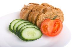 Cetriolo e pane del pomodoro Fotografia Stock