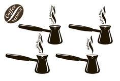 Cezve Natuurlijke coffe Vers gebrouwen koffie met een selectie van gebakjes en cakes Reeks zwarte pictogrammen Royalty-vrije Stock Foto's