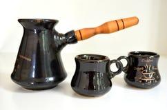 Cezve Turka para o café e os copos de café Imagem de Stock