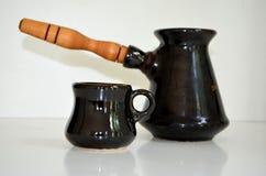 Cezve Turka para o café e os copos de café Fotos de Stock Royalty Free