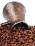 Cezve y granos de café Imagen de archivo libre de regalías